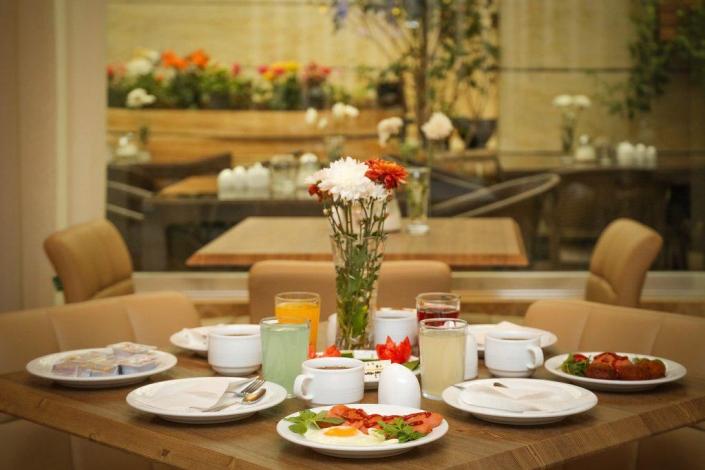 رستوران هتل آفتاب اصفهان